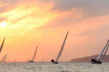 A verseny szombat hajnalban indul