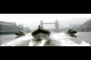 Kincsvadászat RIB-en, Londonban!